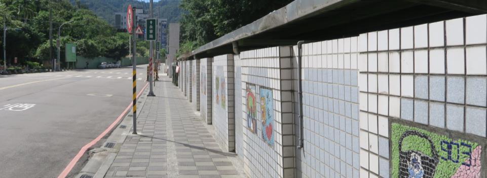 通學路徑設置實體人行道