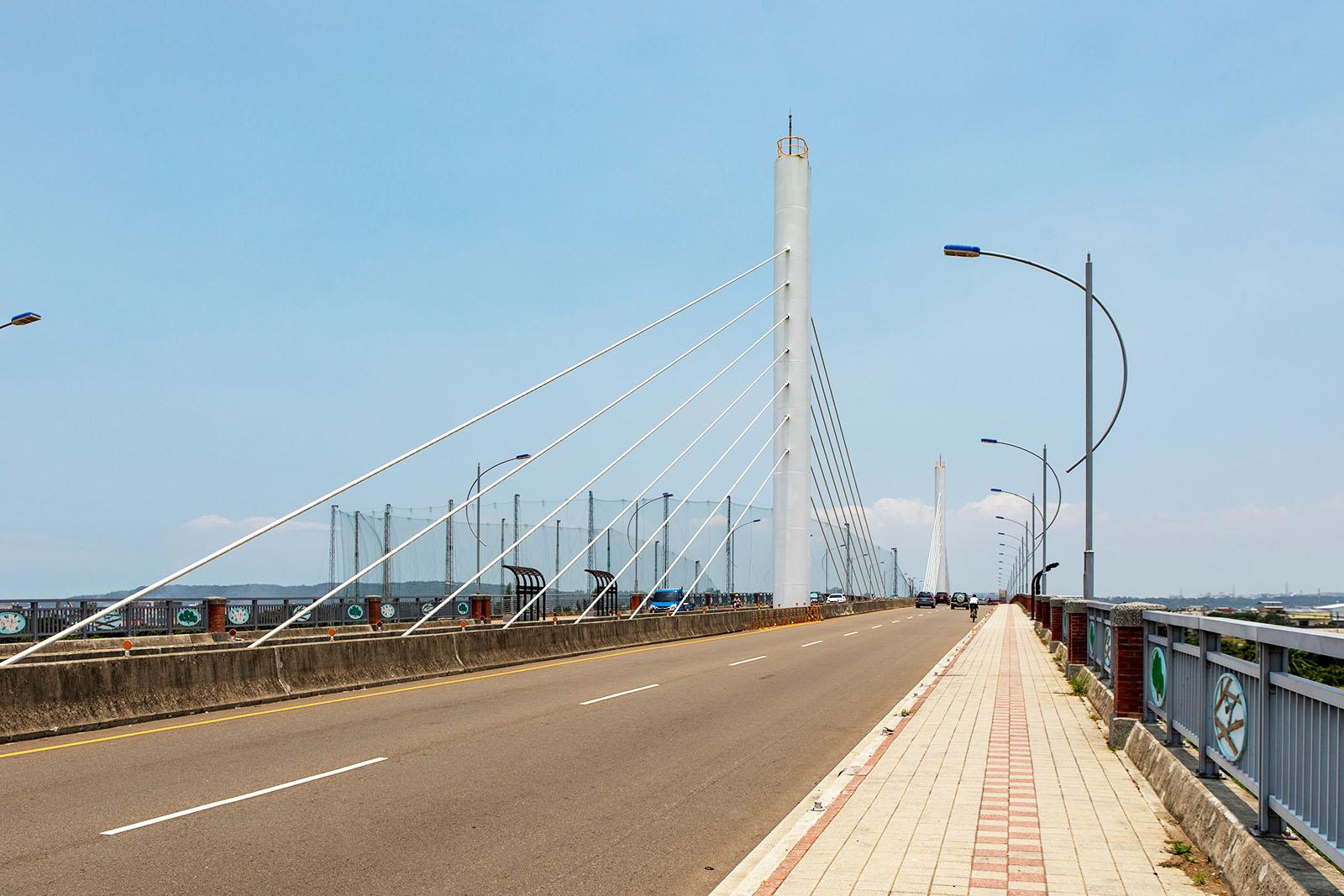 建立於1982年舊社橋是新竹縣市重要的聯絡道路