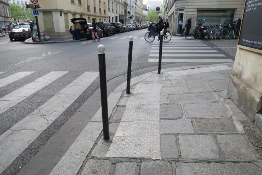 車阻防護案例(法國)