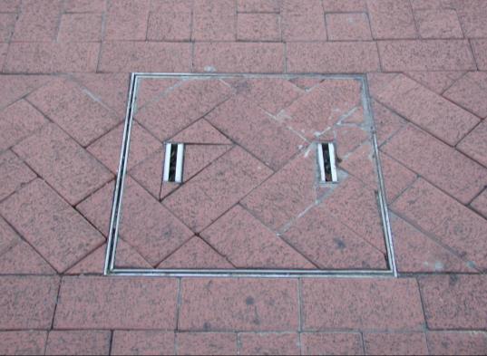 人手孔採化妝蓋板配合鋪面切磚(新竹)