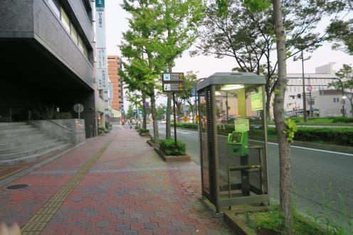 街道整齊有序的情景(1)
