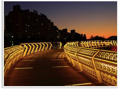 愛河之心木板橋